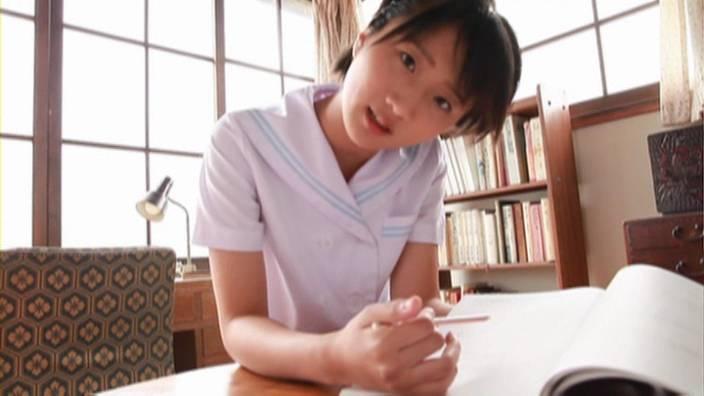 成瀬なな_ジュニアアイドル_ショートカット_純粋少女_JK_いちごだいふく_001